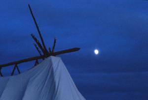 -*23 jb tent moon img0051