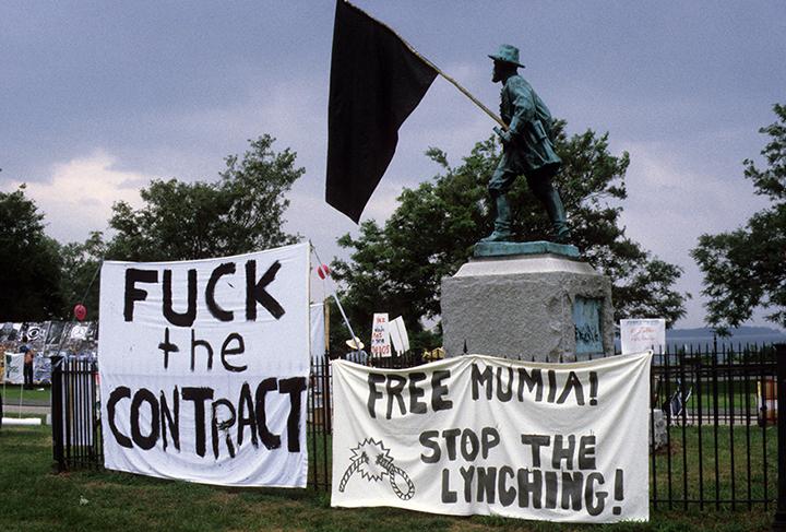 -*45 black flag on statue img0047