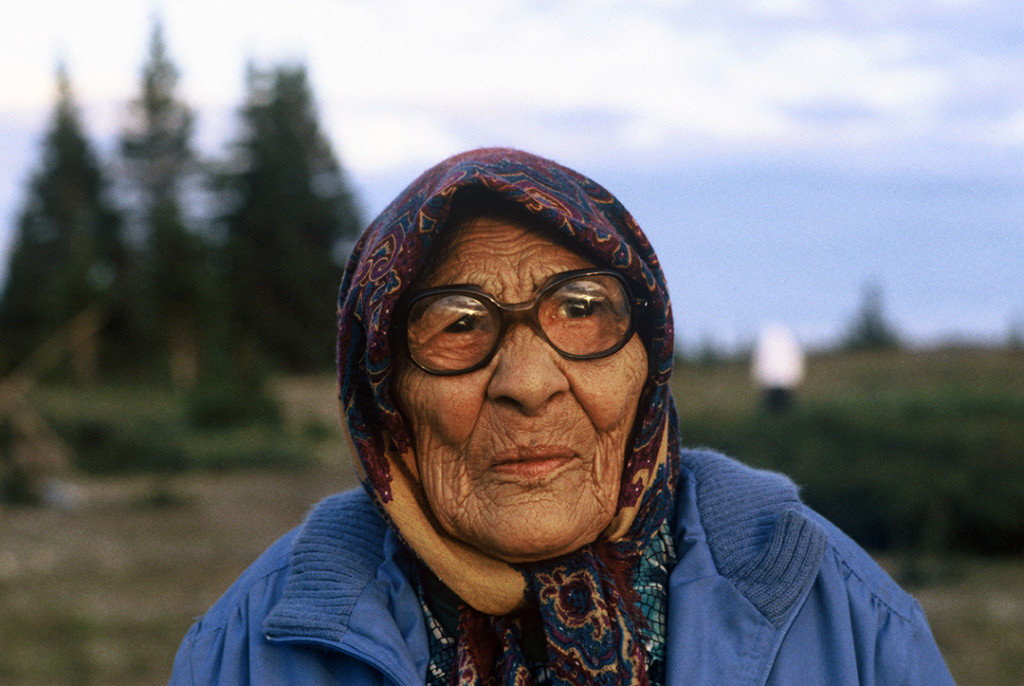 Cree elder woman, Whapmagoostui (Hudson Bay near James Bay), 1993. She is protesting theflooding of Cree territory for hydroelectric dams. Photograph by Orin Langelle.